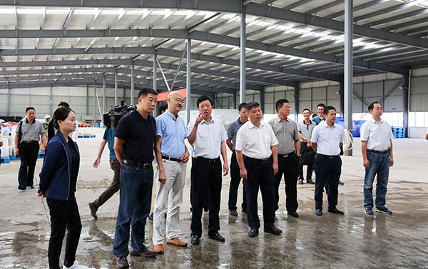 张华昆率队到华坪县考察学习特色农业产业发展经验