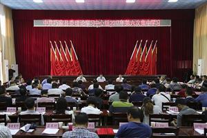 县委理论中心组举行第六次集中学习