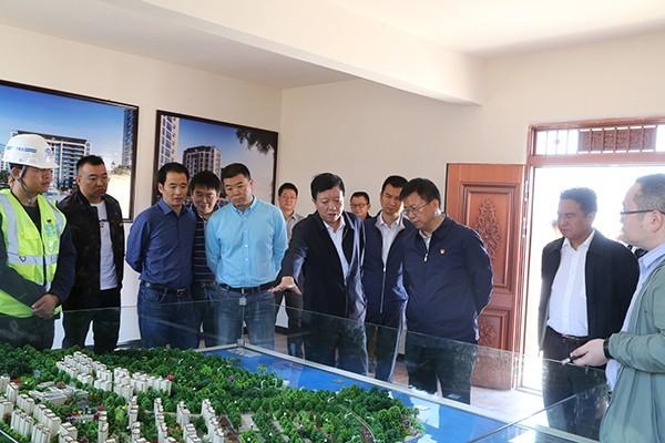 宁南县委书记郭均率队到巧家县考察移民等工作