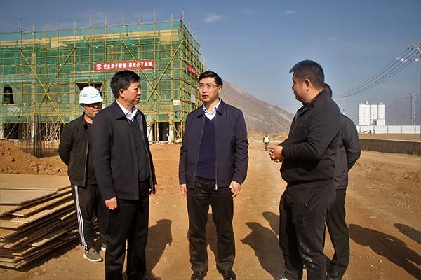 罗朝峰赴巧家县调研宣传思想和政法工作